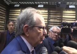 Manovra, Padoan: «Spread a 300 è insostenibile nel lungo termine» L'ex ministro dell'Economia contro il governo - LaPresse