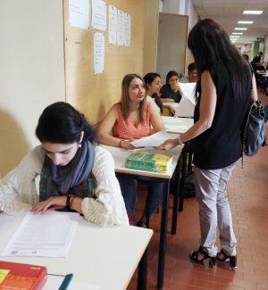 La carica dei maturandi a pochi passi dal diploma: sono 6600 nella provincia di Cosenza
