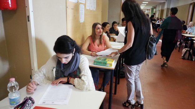 esami di stato cosenza, maturità, Cosenza, Calabria, Società