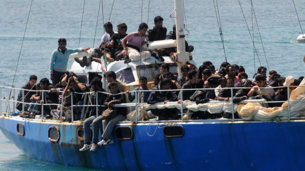 lampedusa, migranti, sea watch, Sicilia, Cronaca