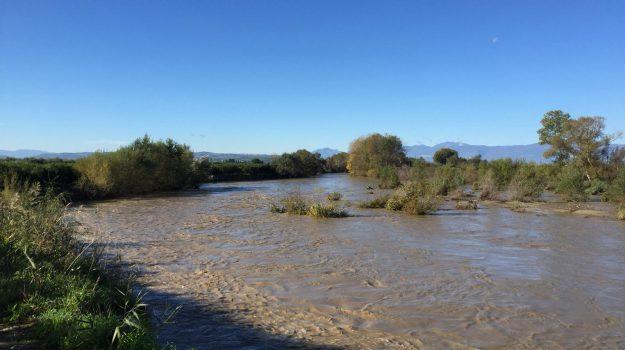 fiume crati, thurio, Cosenza, Calabria, Economia