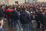 """""""Topi in classe"""", protesta in una scuola a Catanzaro"""