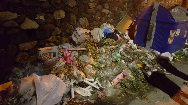 emergenza rifiuti, emergenza sanitaria, sambatello, Reggio, Calabria, Politica