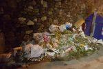 Reggio invasa dall'immondizia: impianti a rilento e rifiuti per strada