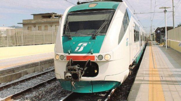 ferrovie dello stato, trenitalia, Sicilia, Economia