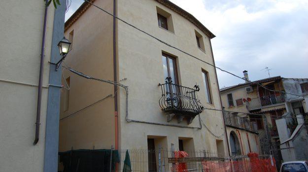 furto energia elettrica castrovillari, palazzo gesualdi, Cosenza, Calabria, Cronaca