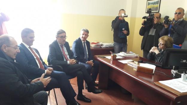 ospedale gioia tauro, Reggio, Calabria, Politica