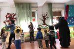 Reggio, il vescovo in visita nell'asilo devastato dai vandali