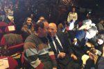 """Diritti umani, Oliverio e Lucano parlano agli studenti toscani: """"Battetevi per i diritti"""". Le foto"""