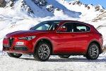 Guida su ghiaccio con la Stelvio all'Alfa Romeo Winter Tour