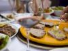 Vacanze, un italiano su 5 sceglie il luogo in base al cibo