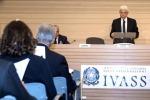 Rca: Ivass, prezzo medio annuo cala (-0,3%), a 419 euro