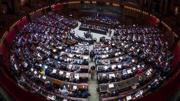 decretone, riscatto laurea, Sicilia, Economia