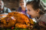 Pediatri: le feste vanno santificate anche con il buon cibo, dolci compresi