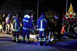 Panico nella notte in una discoteca dell'Anconetano, 6 morti e decine feriti: le foto