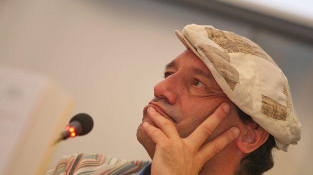 andrea pinketts morto, pinketts scrittore, Andrea G. Pinketts, Sicilia, Cultura