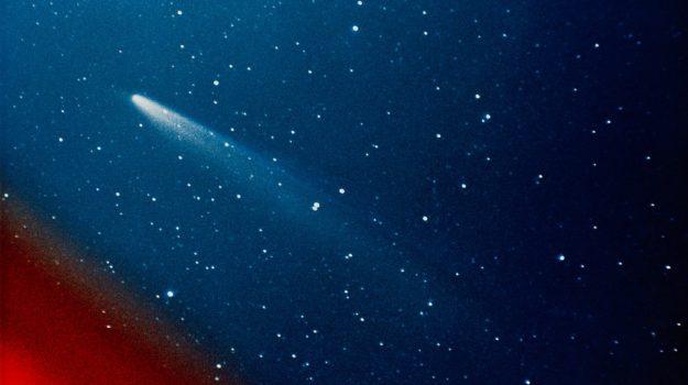cometa natale spettacolo terra, Sicilia, Società