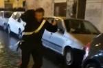Scontri a Roma dopo Lazio-Eintracht, insulti e bottiglie contro un carabiniere: il video dell'aggressione
