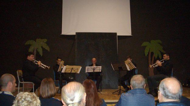 musica nelle carceri, Sicilia, Società