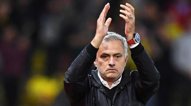 esonero mourinho, manchester united, Josè Mourinho, Sicilia, Sport