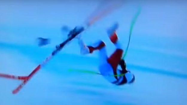 Drammatico incidente per Marc Gisin: il video della caduta sulla pista da sci