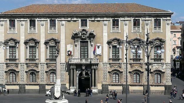 bilancio consolidato 2017 catania, buco di bilancio, catania dissesto finanziario, Salvo Pogliese, Sicilia, Politica