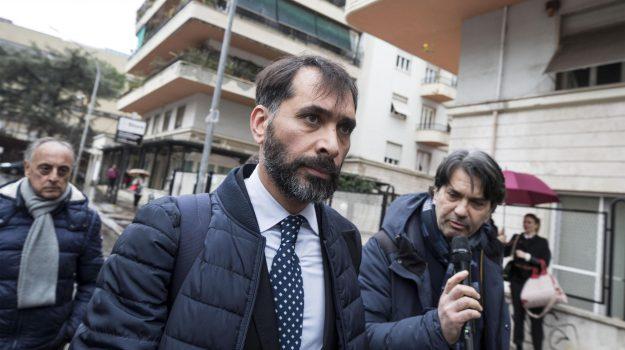 abuso d'ufficio, roma, Raffaele Marra, Virginia Raggi, Sicilia, Cronaca