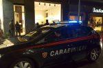 Rapina a Messina, un bandito vestito da donna ha ingannato la gioielliera