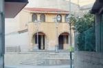 Incursione nell'edificio confiscato di Papanice, rubate anche porte e finestre