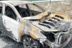 Palmi, incendiata l'auto del presidente di Piana Multiservizi