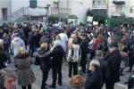 Riaprono i laboratori privati di Reggio, c'è un cauto ottimismo