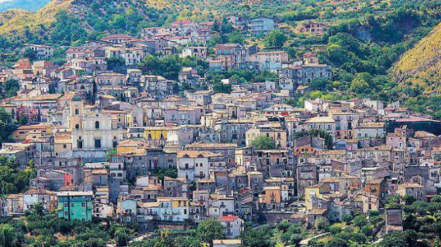 precari calabria, precari pollino, Cosenza, Calabria, Economia