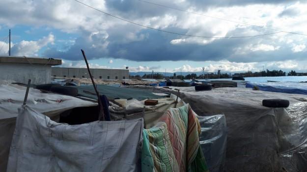 incendio baraccopoli san ferdinando, migranti, Jaiteh Suruwa, Michele di Bari, Reggio, Calabria, Cronaca