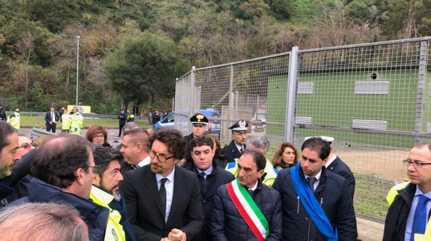 Toninelli in Calabria, viadotto bisantis, Danilo Toninelli, Catanzaro, Calabria, Politica