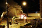 Intimidazione a Roccella, incendiato e danneggiato un escavatore