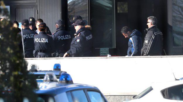 arresti 'ndrangheta, cosche crotone, guerra di mafia, Catanzaro, Calabria, Cronaca