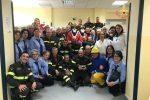 I vigili del fuoco di Catanzaro e il personale del reparto di oncologia pediatrica