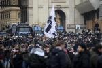 German fans clash with police before Lazio-Eintracht