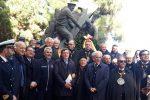 La deposizione di una corona al Monumento dei marinai russi in ricordo delle vittime e dei soccorritori