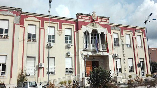 comune di barcellona, precari Comune di Barcellona, Roberto Materia, Messina, Sicilia, Economia