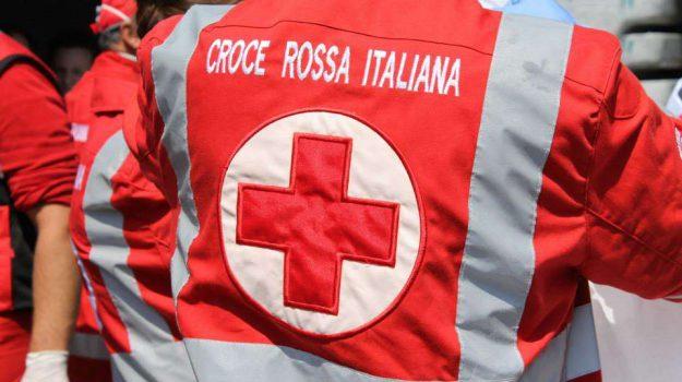 croce rossa, solidarietà, Giovanna Famularo, Valerio Costantino, Catanzaro, Calabria, Società