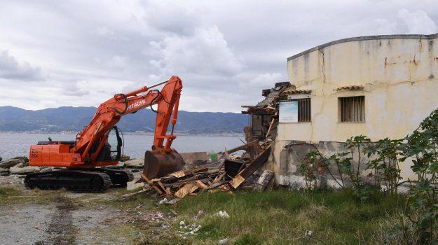 demolizione, fata morgana, Gallico Marina, reggio, Reggio, Calabria, Cronaca