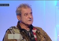 Andrea Pancani su La7 intervistava un anno fa l'attore sui suoi quasi 50 anni di carriera