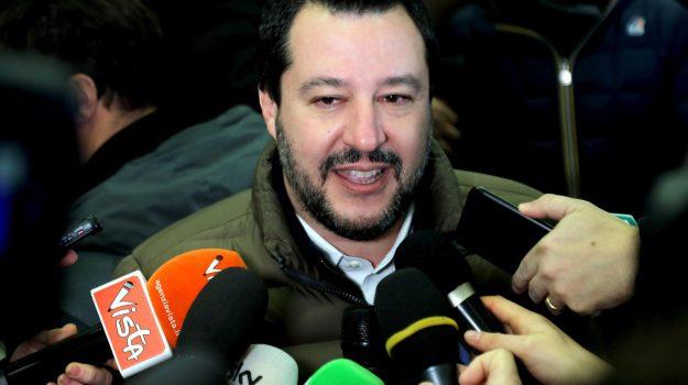manovra di governo, pensioni, tagli alle pensioni, Matteo Salvini, Sicilia, Politica