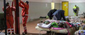 Sull'Etna solo lievi scosse, ma gli sfollati aumentano: il Cdm vara lo stato d'emergenza