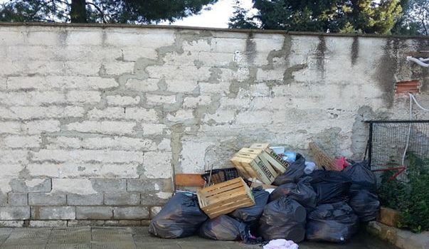 comuni inadempienti calabria rifiuti, gestione rifiuti calabria, tassa rifiuti calabria, Franco Rossi, Calabria, Politica