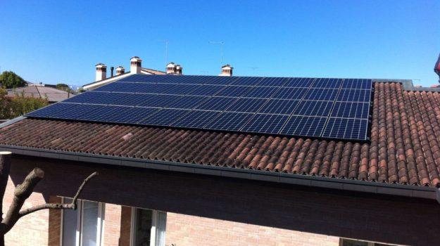 impianti fotovoltaici, truffa Catanzaro, truffa ditta veneta, Catanzaro, Calabria, Cronaca