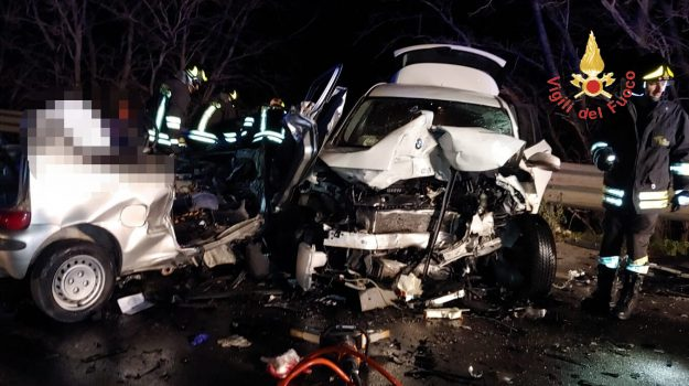 incidente mortale, incidente simeri crichi, Alessio Bianco, Giuseppe Putrone, Catanzaro, Calabria, Cronaca