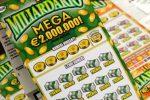 """Reggio, cede per galanteria a una donna il suo """"gratta e vinci"""": lei vince 10 mila euro"""