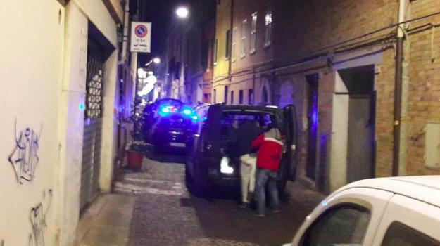 20 colpi di pistola, omicidio 'ndrangheta, omicidio pesaro, Calabria, Cronaca